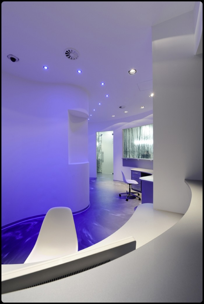 Cool new dental office in germany k ster dental weblog for Office design lighting